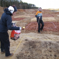 Dispersion of the dry-grassland biomass on the experimental plots in Cep II